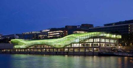 Docks-seine-jakob-macfarlane-institut-mode-design-paris
