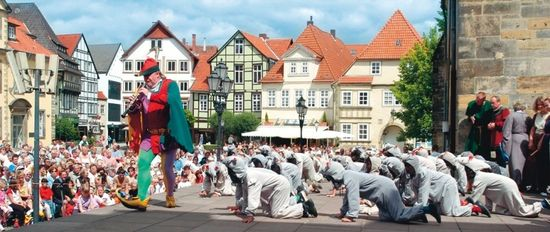 Hameln_pied_piper_open_air_play