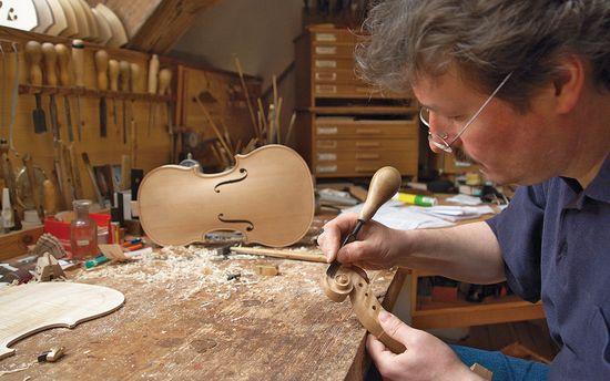 Geigenbau-werkstatt-in-fuessen_02