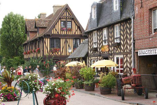 Beuvron-en-Auge-Vieux-Manoi