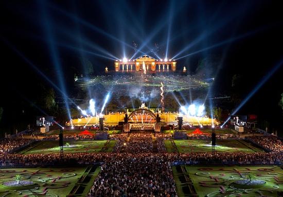 Sommernachtskonzert--schoenbrunn-foto-schuster-wiener-philharmoniker.jpg.3067534