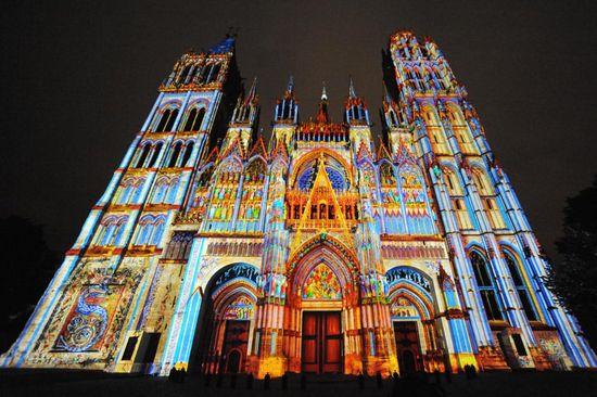 Cathedralelumiererouen_viking