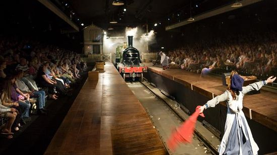 The-railway-children-at-kings-cross-theatre_1