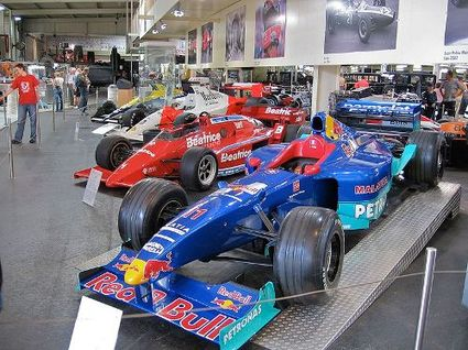 Formula_one_cars_auto_und_technik_m