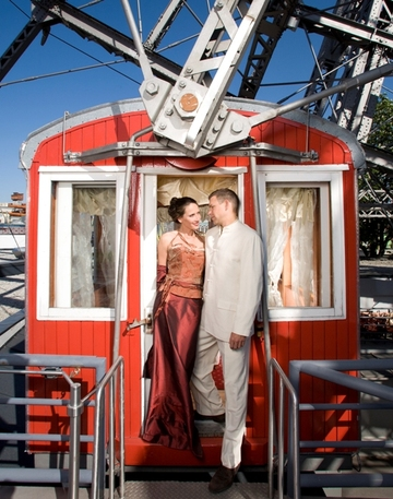 Wedding_ferris_wheel_2